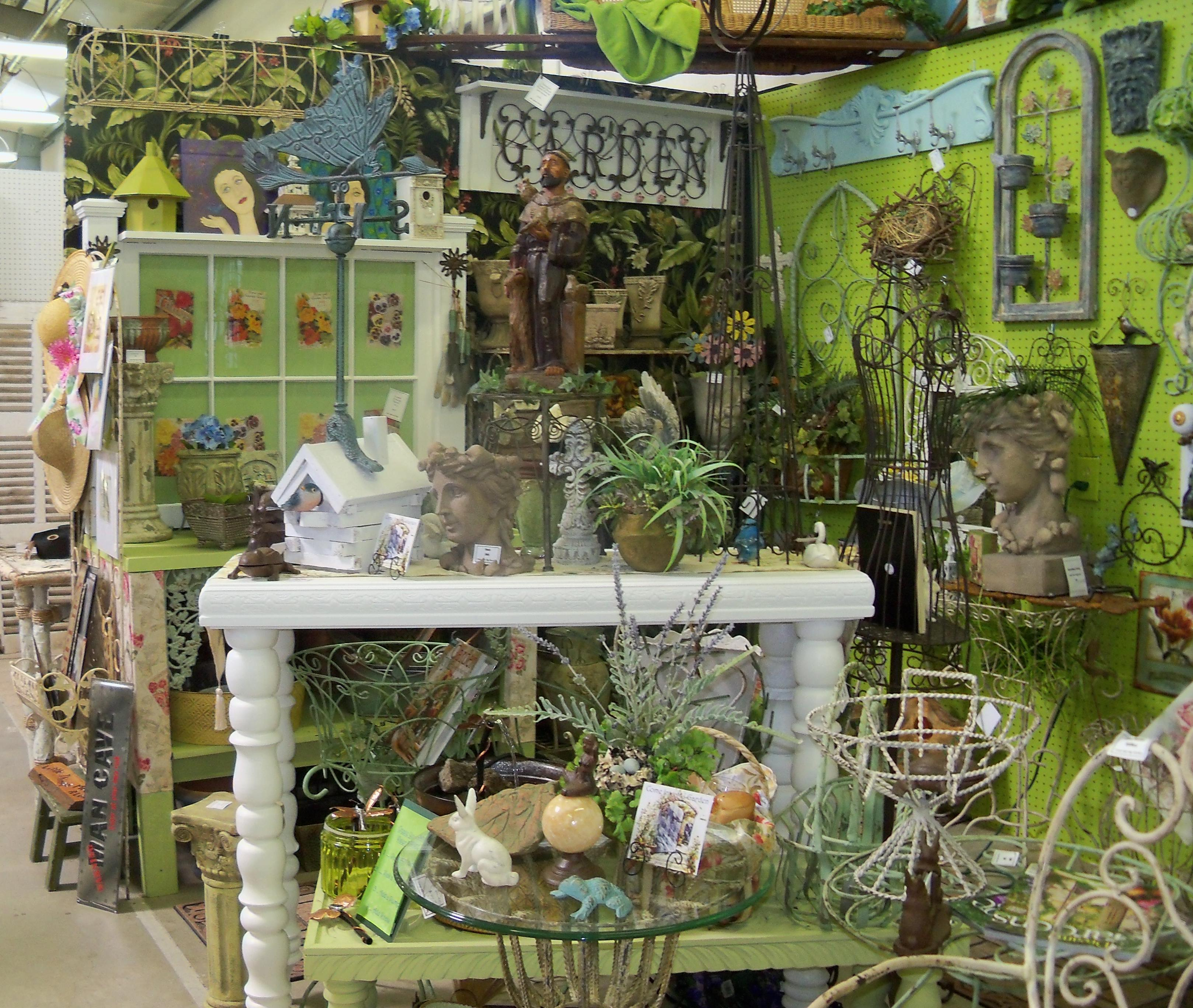 COME INTO MY GARDEN HALL G 409 JAN JONES Lakewood 400 Antiques